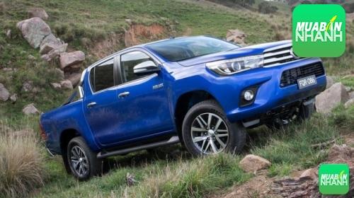 Môi giới ô tô Toyota Hilux, 93, Trúc Phương, Cửa Nhom Cửa Kính, 21/12/2015 19:28:56